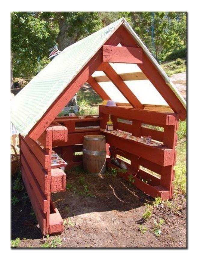 Поделки и постройки на даче