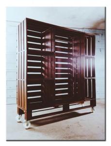 Шкаф для гостинной из поддонов